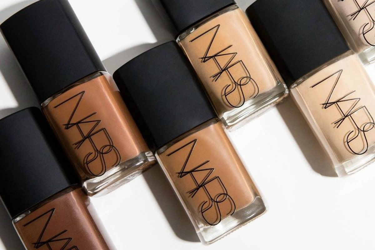 Matte Or Dewy Foundations Here S What S Best For Your Skin