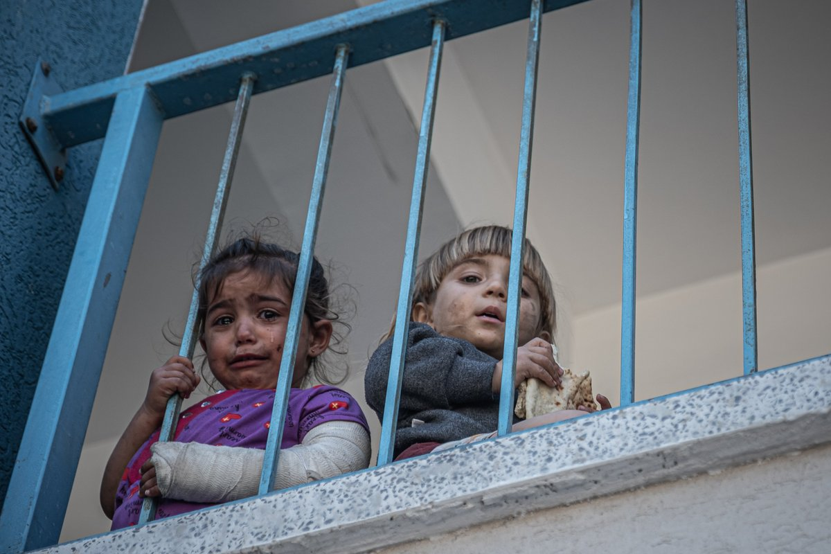 13 photos from the Israel-Palestine conflict in Gaza.
